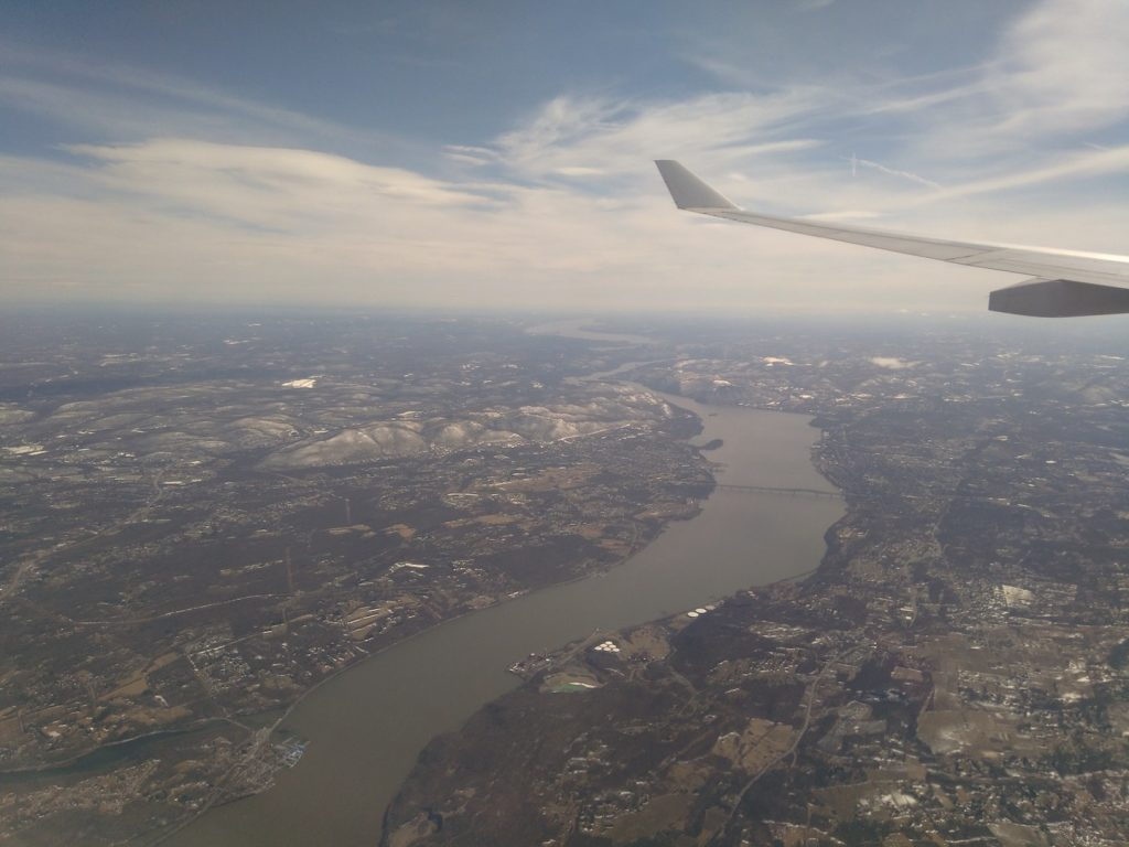 sobrevolando el Rio Hudson